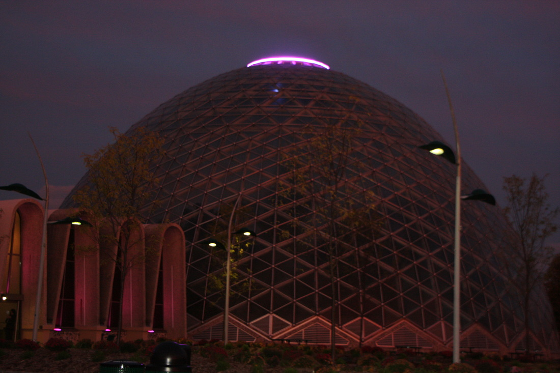 Milwaukee County Domes at night